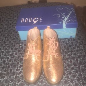 Rouge( Rainbow Shops) Casual shoe